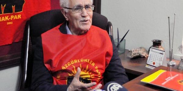 Burkay, Elaziğ'da Chp Ve Mhp'yi Eleştirdi