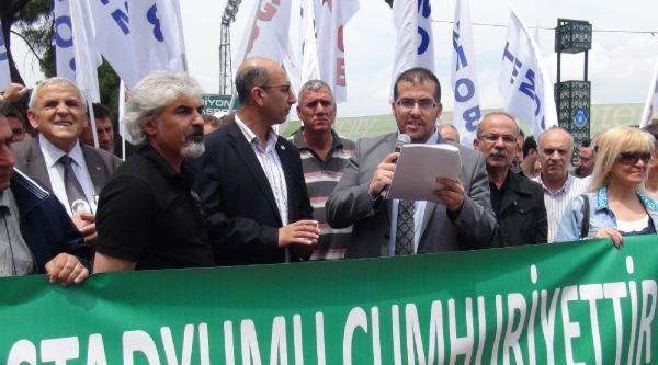 Bursa Atatürk Stadyumu'nun Yıkım Kararına Tepki