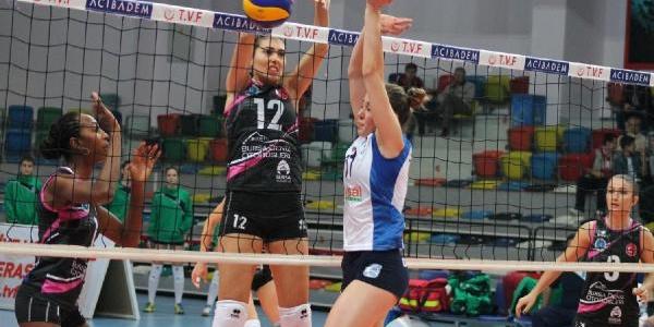 Bursa Büyükşehir Belediye-Çanakkale Belediye:3-0(Voleybol)