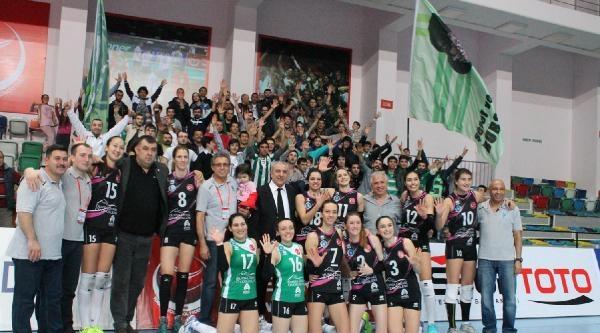 Bursa Büyükşehir Belediyespor-ilbank: 3-1