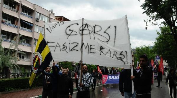 Bursa'da 1 Mayıs'ta Polisten Kadınlara Karanfil