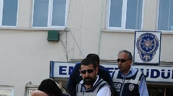 Bursa'da 4 Bin 925 Ecstasy Hap Ele Geçirildi