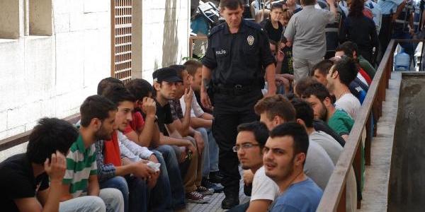 Bursa'da 55 Sanikli Gezi Olaylari Davasi Başladi