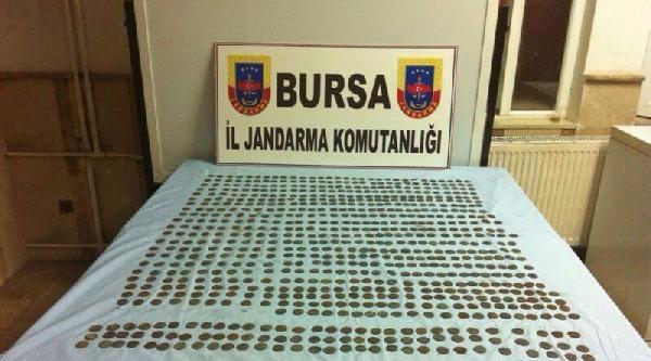 Bursa'da 746 Tarihi Sikke Ele Geçirildi