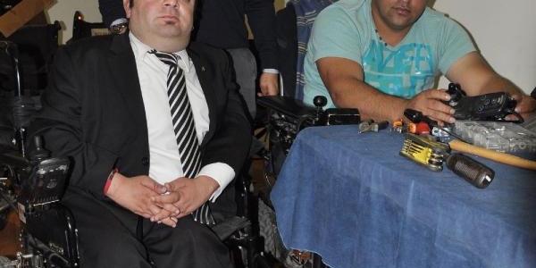 Bursa'da Engelli Araçlarini Engelliler Tamir Edecek