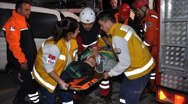 Bursa'da Kaza: 2 Yarali