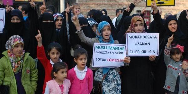 Bursa'Da 'peygamber Sevdalilari'ndan Pkk Protestosu