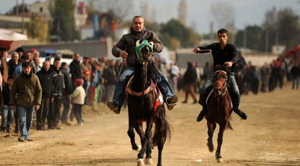 Bursa'da Ravan Atlari Koştu