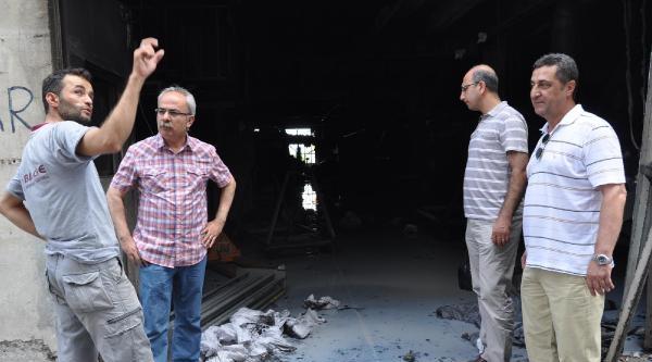 Bursa'da Tekstil Fabrikasında Patlama Ve Yangın: 8 Yaralı (3)