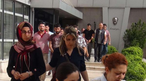 Bursa'da Terör Örgütü Operasyonunda Gözaltına Alının 12 Kişi Adliyeye Sevk Edildi