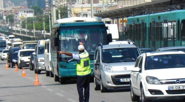 Bursa'da Toplu Taşıma Araçlarına 10 Numara Yağ Denetimi