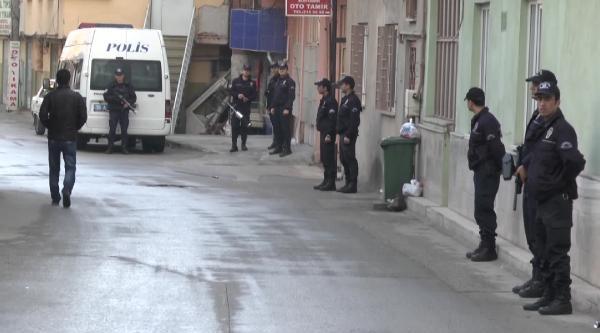 Bursa'da Uyuşturucu Tacirlerine Şafak Baskını: 9 Tutuklama