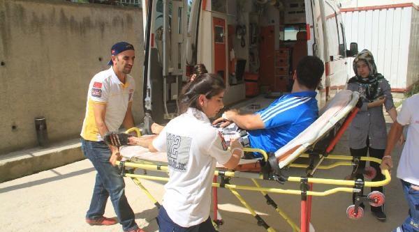Bursa'da Yol Verme Kavgası: 1 Yaralı