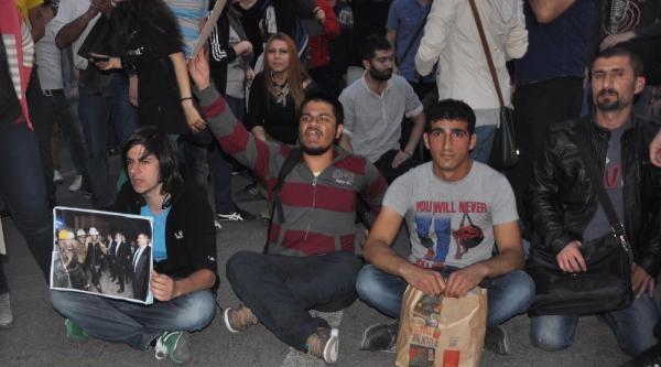 Bursa'daki Eylemlere Polis Müdahale Etti