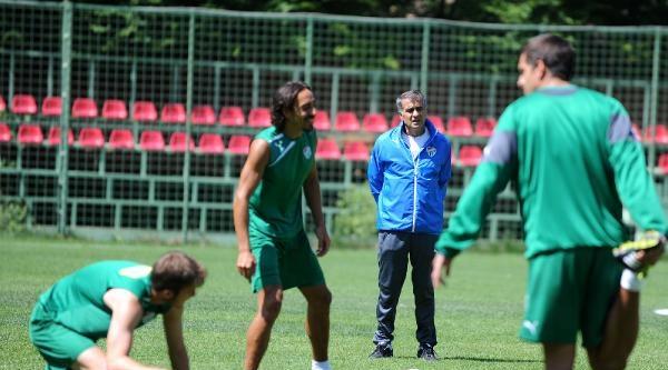 Bursaspor 2 Grup Halinde Çalişti
