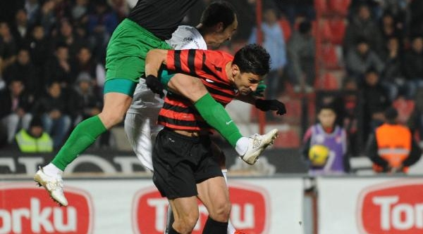 Bursaspor 2'nci Yaridan Umutlu
