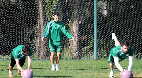 Bursaspor Antalya'Da Çalişmalara Başladi