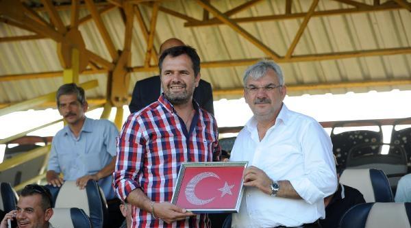 Bursaspor-bandırmaspor: 4-1 (özel Maç)