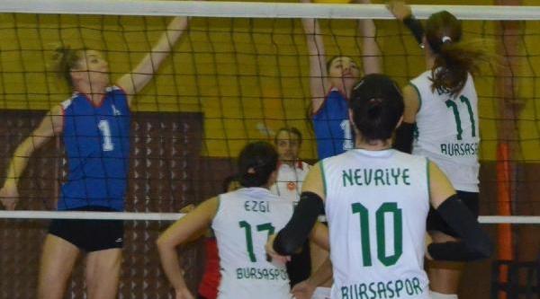 Bursaspor Bayan-Izmir Büyükşehir Belediyesi: 3-2