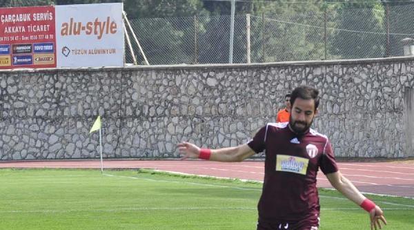 Bursaspor İnegölspor'un Golcüsü Raif'le Görüşüyor