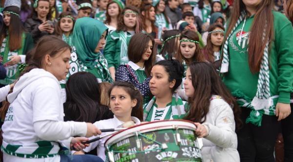 Bursaspor-kadremir Karabükspor Fotoğrafları