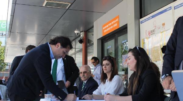Bursaspor Kongresı 23 Mayıs'a Ertelendi