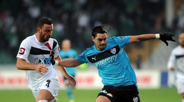 Bursaspor Pinto'yu Gönderdi