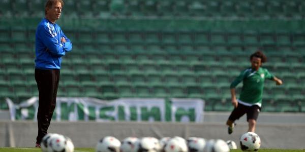 Bursaspor Teknik Direktörü Christoph Daum: Fenerbahçe Bizi Ciddiye Almazsa Şansimiz Var