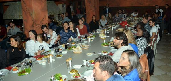 Bursaspor Teknik Direktörü Daum'dan Futbolcularina Yemek