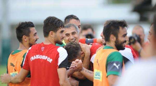 Bursaspor Trabzonspor'un Tesislerinde Çalişti