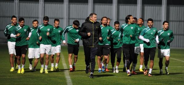 Bursaspor Yardimci Antrenörü Verkempinck'ten Daum Yorumu: