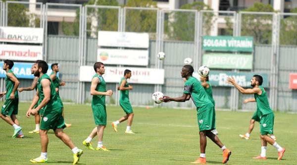 Bursaspor'da Çift Antrenman