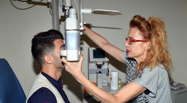 Bursaspor'da Emre Taşdemir Sağlık Kontrolünden Geçti