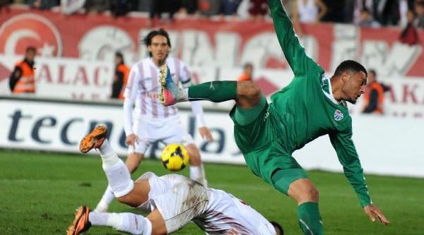 Bursasporlu Futbolcular Galibiyetten Memnun