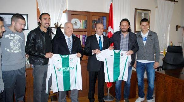 Bursasporlu Futbolcular Öğrencilerle Buluştu