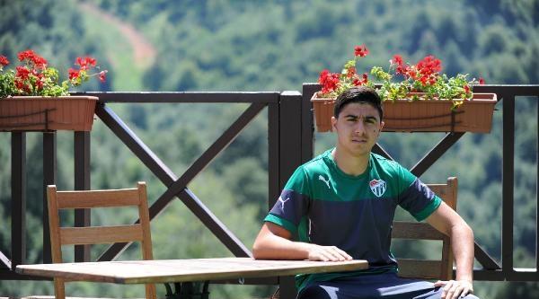 Bursasporlu Ozan Tufan: Avrupa'ya Gitmek İstiyorum