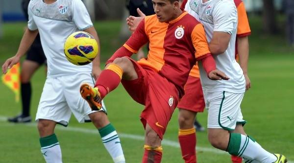 Bursaspor'un Gençleri, Galatasaray'i Yendi