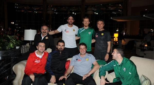 Bursaspor'Un Şampiyon Kadrosu Antalya'Da Bir Arada