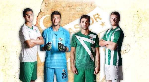 Bursaspor'un Yeni Sezon Formaları Satışa Çikiyor