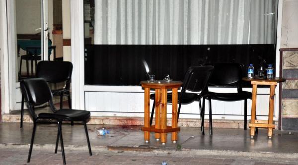 Butik İşletmecisi Kahvehanede Öldürüldü