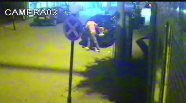 Caddede Tabancalı Tüfekli Kavga Güvenlik Kamerasında