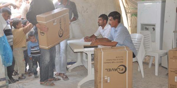 Çadir Kentte 5200 Suriyeli'ye Elektirkli Isitici Dağitildi
