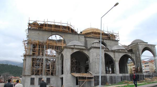 Cami İnşaatinda Kubbe Çöktü: 3 İşçi Yaralandı