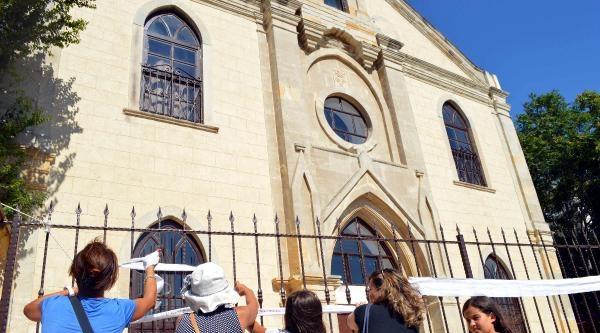Cami, Kilise Ve Havrayı 'dilek Bağı' İle Birbirine Bağladılar