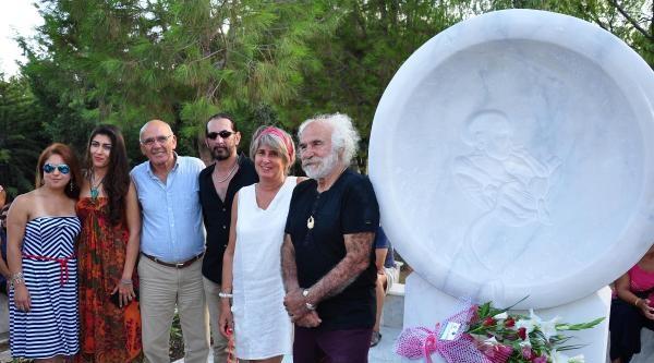 Can Yücel'in Kırılan Mezar Taşı Yeniden Yapıldı