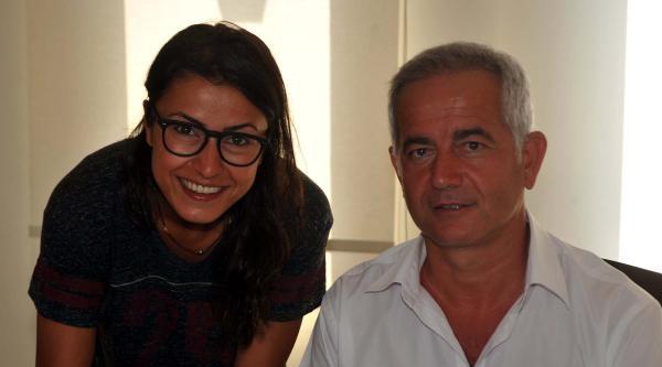 Çanakkale Belediyespor Funda'yla Yeniden İmzaladi