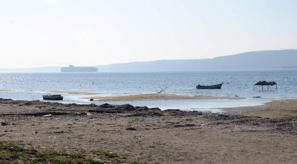 Çanakkale Sahillerinde Sular Çekildi