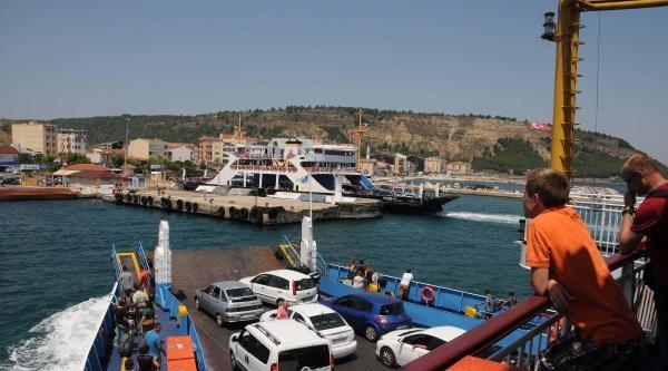 Çanakkale'de Bayram Trafiği Bugün De Sürdü
