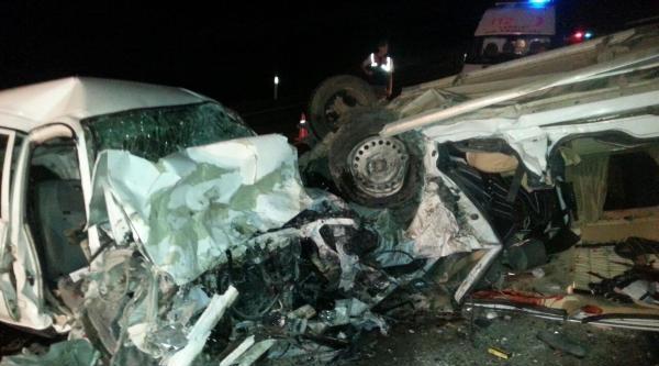 Çankiri'daki İki Kaza; 5 Ölü, 4 Yaralı