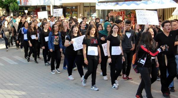 Çanli Öğrencilerden Soma Eylemi